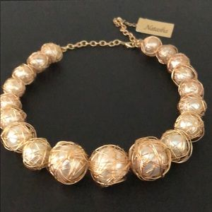 GOLD WIRED CREAMY PEARLS GORGEOUS NECKLACE